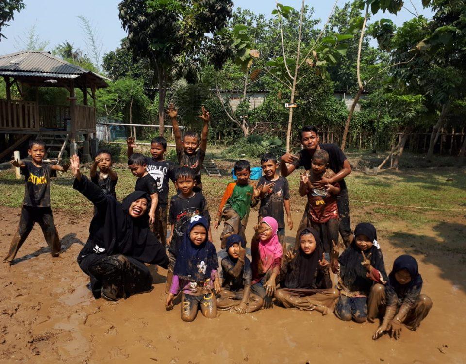 kelebihan anak bersekolah di sekolah alam