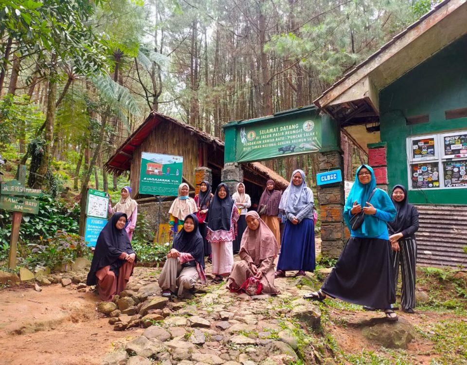 Sekolah Alam Saga Lifeschool Saga Teacher Academy